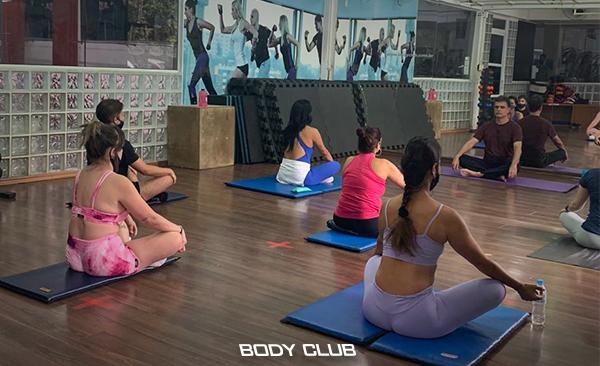 Confira Sete benefícios do Yoga para a saúde!!